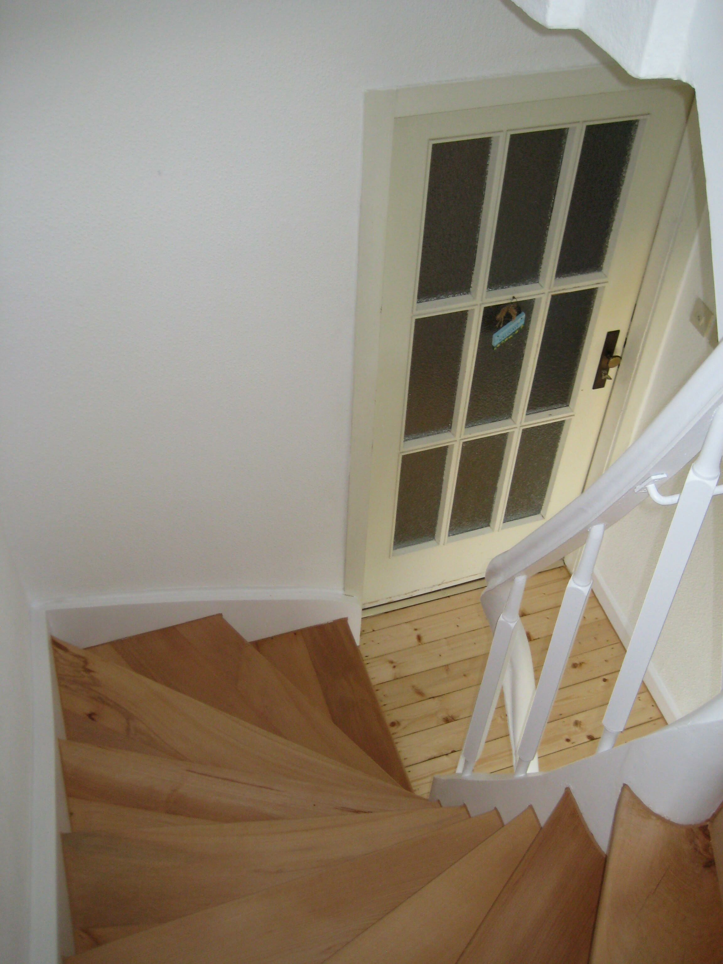 beste von alte holztreppe sanieren haus design ideen. Black Bedroom Furniture Sets. Home Design Ideas